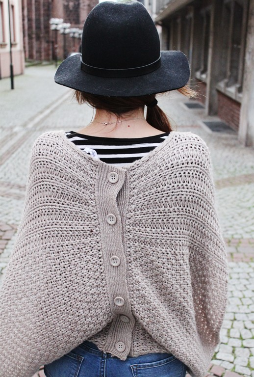 OUTFIT: Knit it!