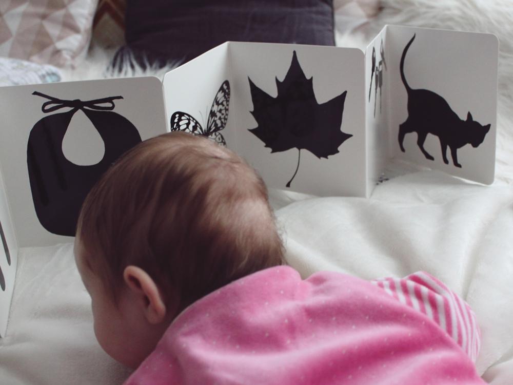 KIDS STUFF: Das erste Buch für das Baby – Black & White von Tana Hoban