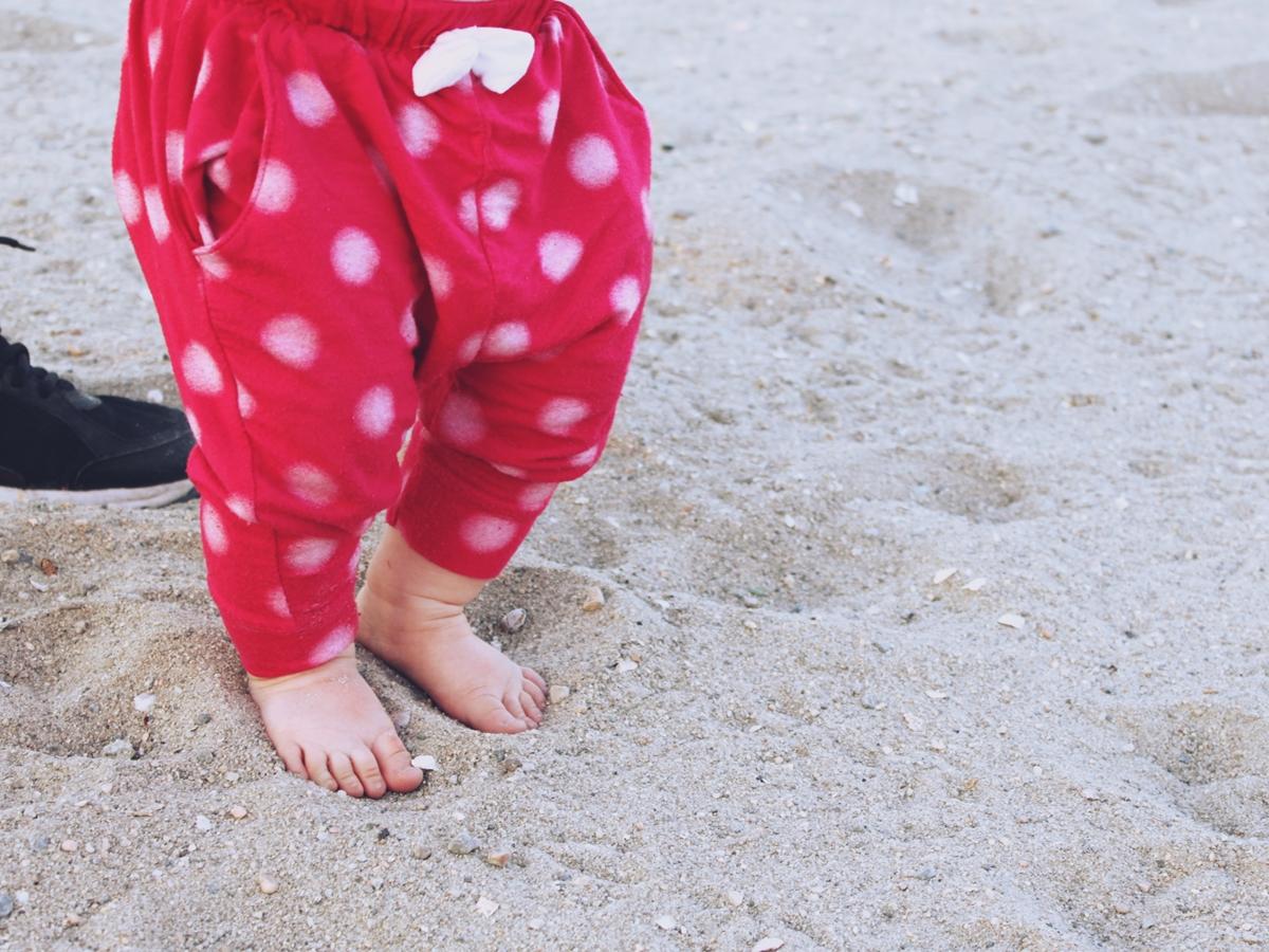 Cove Island Park Lili Feet