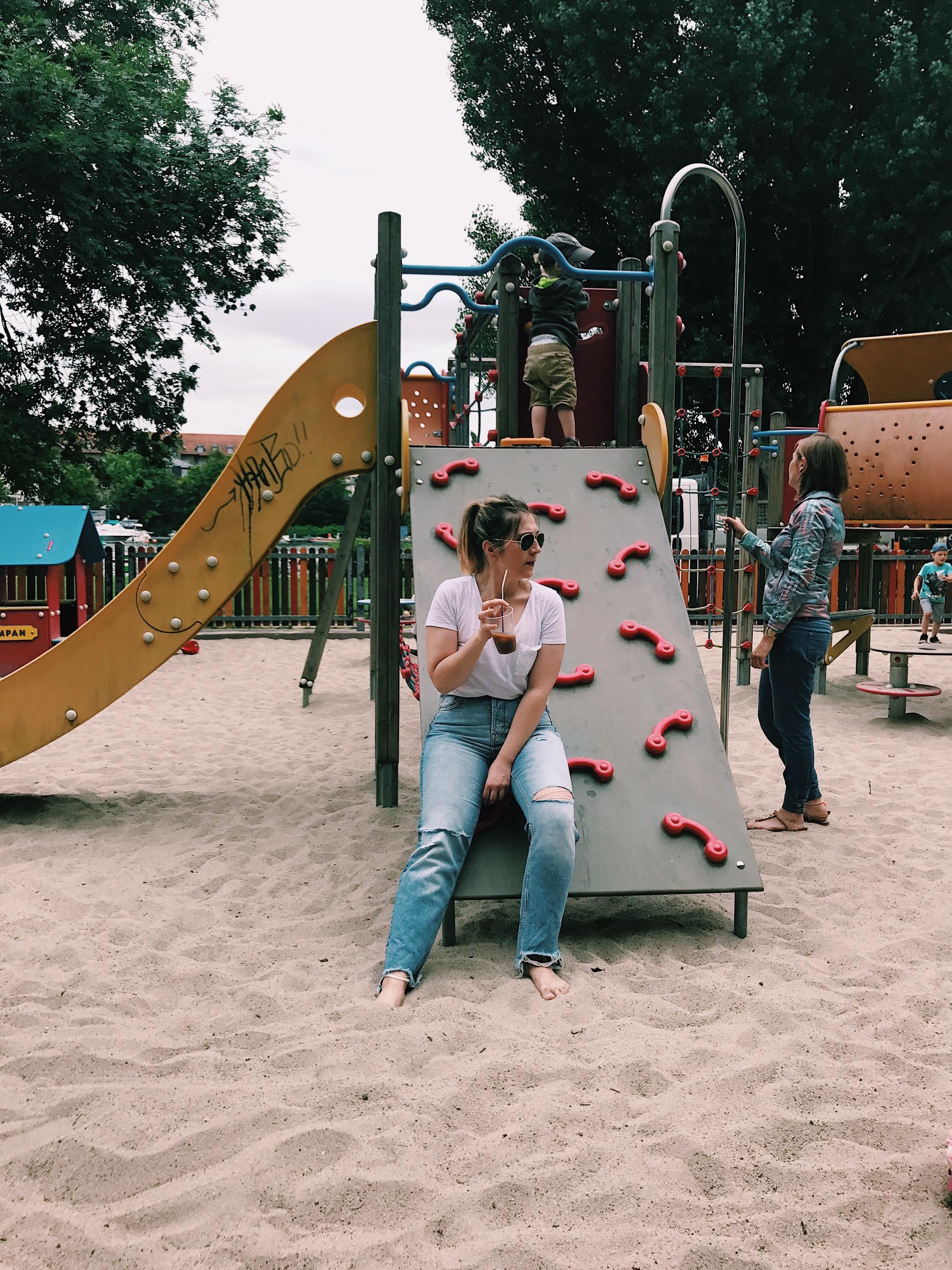 mommy spielplatz